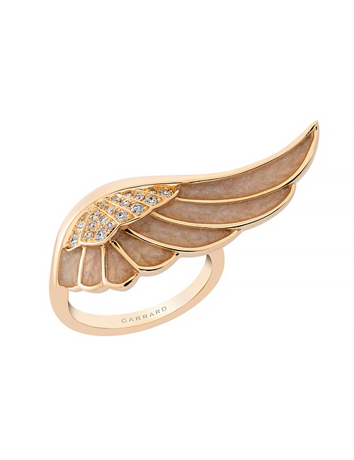 Wings Reflection Ring in Yellow Gold