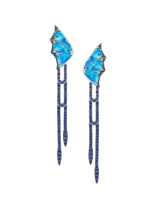 Fly by Night - Crystal Haze Long Earrings