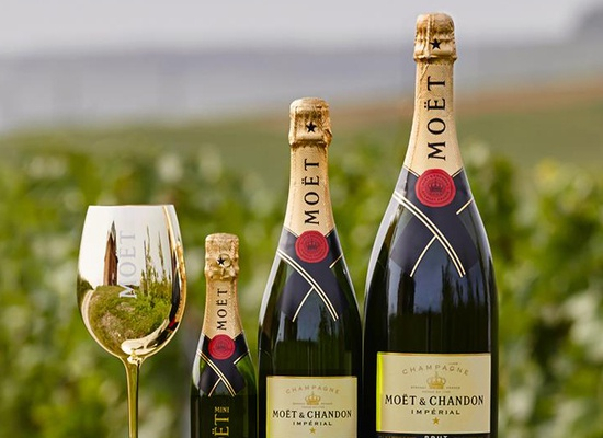 Moet et Chandon hero image