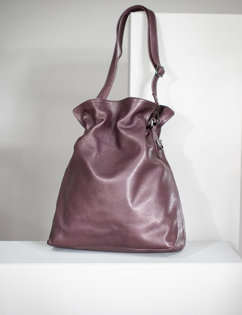 Alice Hobo Plum