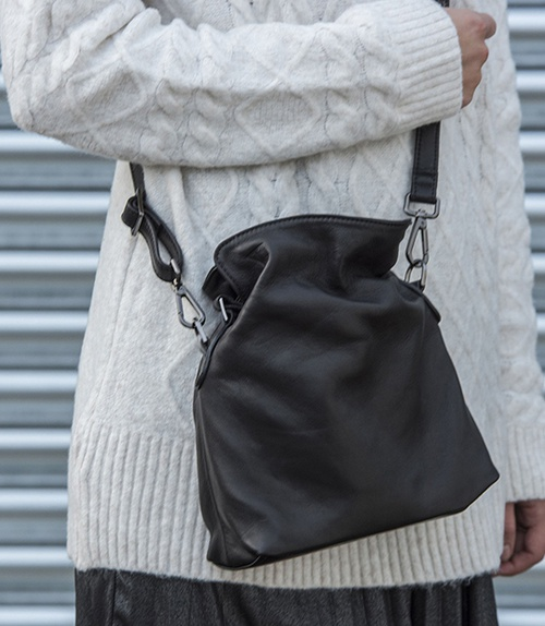 Tilly Mini Hobo Black